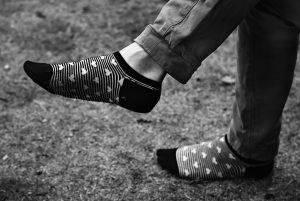 tips for barefoot running in socks